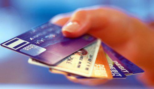 Αποδείξεις, πλαστικό χρήμα και αφορολόγητο: Τι αλλάζει από 1ης Ιουλίου