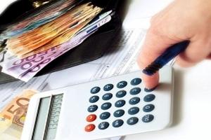 Αντικαθίσταται το χαρτόσημο με φόρο στις συναλλαγές